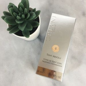 ORLANE Paris Teint Absolu Treatment Foundation